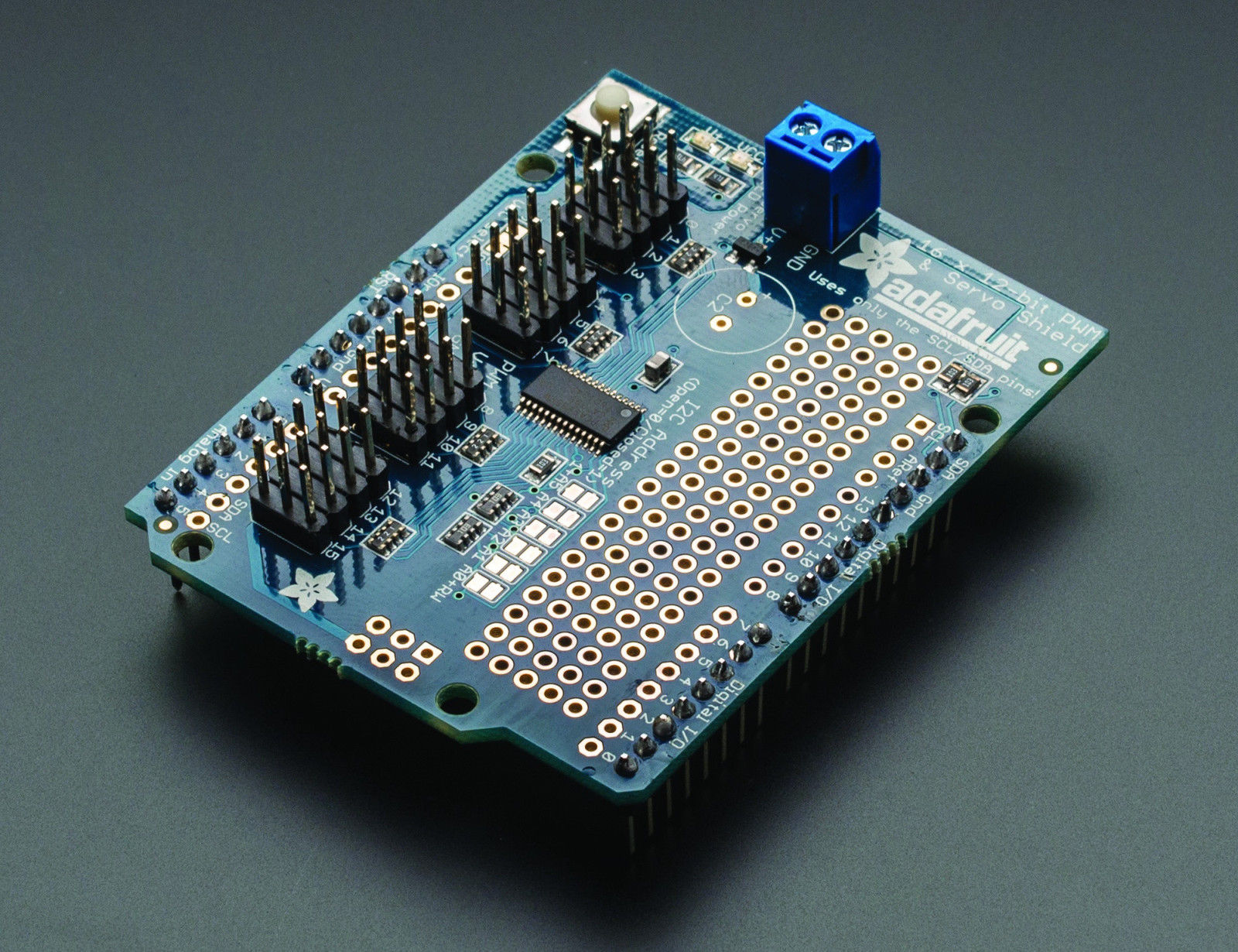 Adafruit Motor / Stepper / Servo Shield - v23 - Arduino