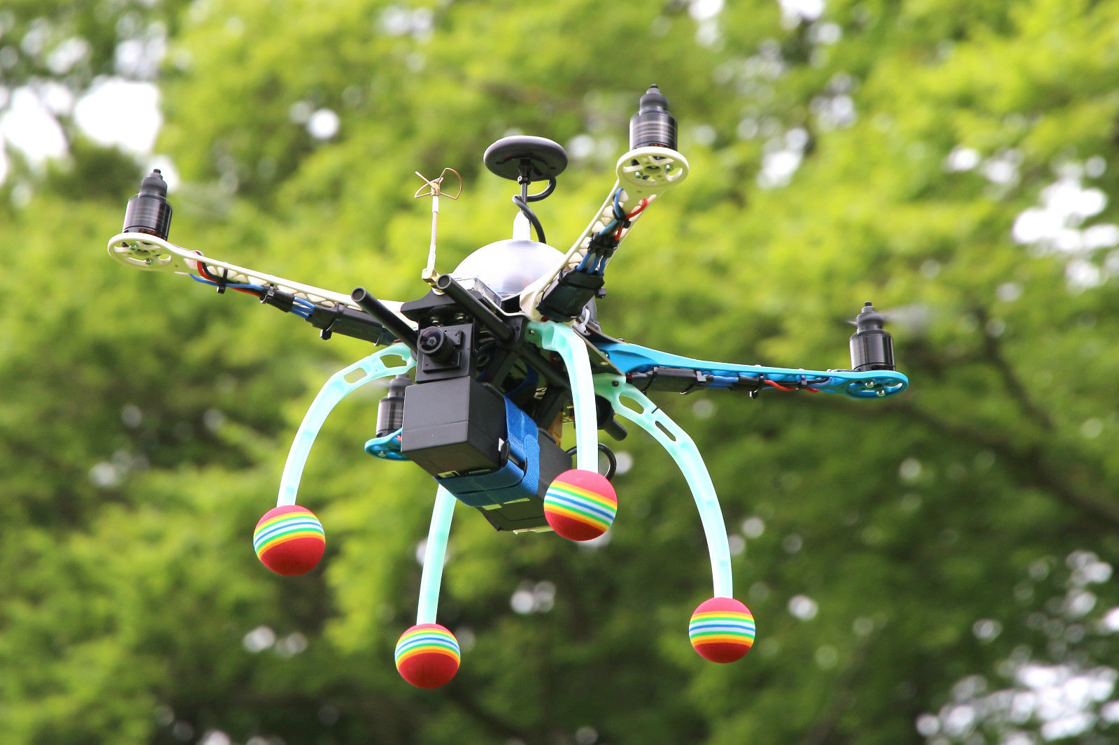 Droning On And On And On Gr33nonline